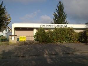 Gendarmerie à vendre -il n'y a pas qu'elle...
